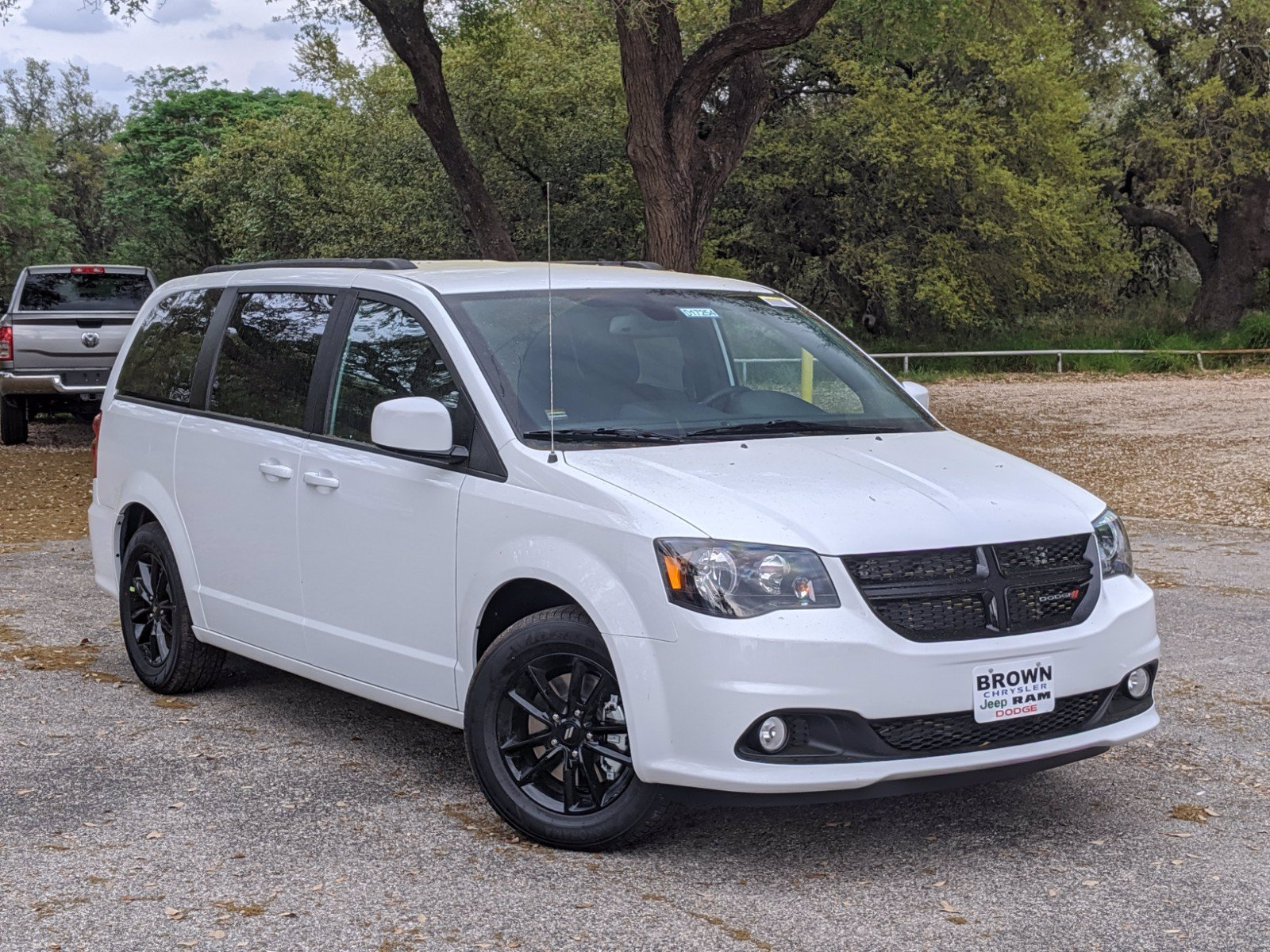 new 2020 dodge grand caravan se plus mini-van, passenger