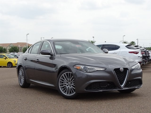 new 2018 alfa romeo giulia ti lusso rwd 4dr car in southwest texas af5525 brown auto stores. Black Bedroom Furniture Sets. Home Design Ideas