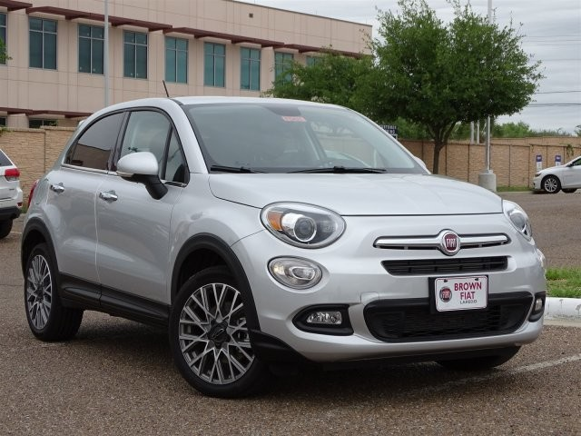 New 2017 FIAT 500X Lounge FWD