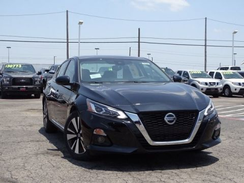 New 2019 Nissan Altima 2.5 SV Front Wheel Drive Sedan