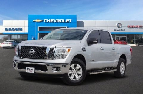 Pre-Owned 2017 Nissan Titan SV Four Wheel Drive Short Bed