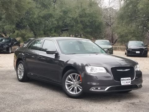 New 2020 Chrysler 300 Touring RWD 4dr Car