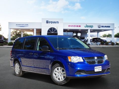 Pre-Owned 2019 Dodge Grand Caravan SE FWD Mini-van, Passenger