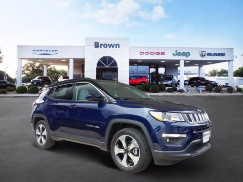 Pre-Owned 2018 Jeep Compass Latitude FWD Sport Utility