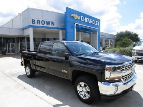 Pre-Owned 2018 Chevrolet Silverado 1500 2WD Crew Cab 143.5 LT w/1LT Rear Wheel Drive Short Bed