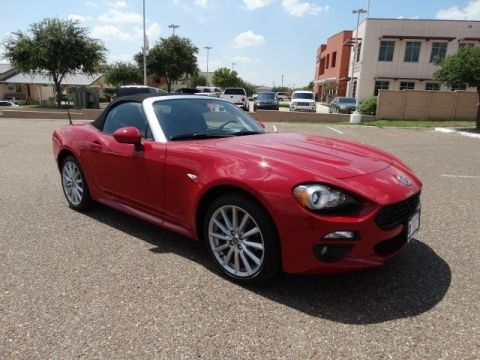 New 2017 FIAT 124 Spider FIAT SPIDER LUSSO Rear Wheel Drive Convertible