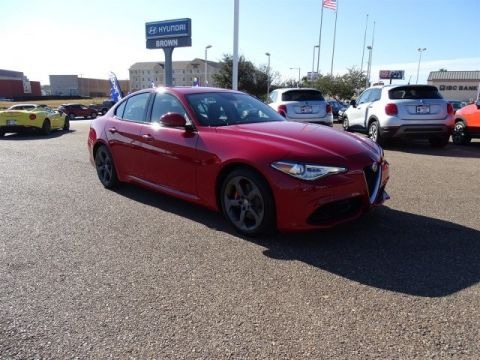New 2017 Alfa Romeo Giulia RWD Rear Wheel Drive 4dr Car