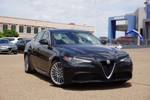Pre-Owned 2018 Alfa Romeo Giulia Ti Lusso RWD Rear Wheel Drive 4dr Car